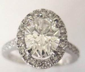 Oval_Diamond_Ring