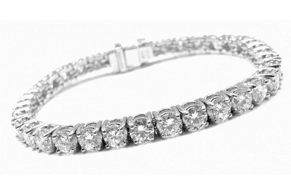 8ct-tennis-bracelet round diamonds